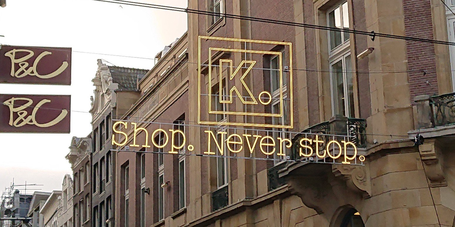 Kalverstraat christmas shopping